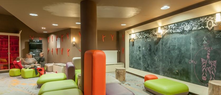 france_portes-du-soleil_avoriaz_electra-apartments_play-room.jpg